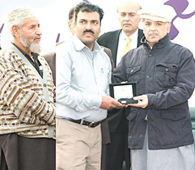 Shahbaz Sharif Distribute Houses Keys of Ashiana Housing Scheme Lahore