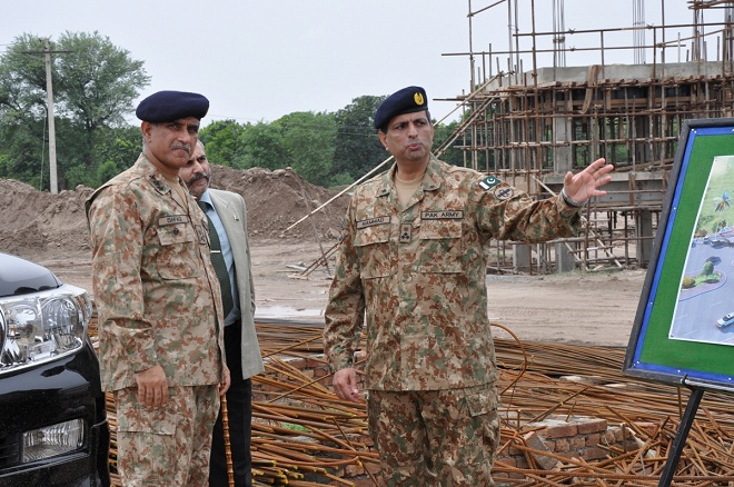 Corps Commander Multan Lt General Ishfaq Nadeem Ahmad Visit DHA Boas Road Gate and review Development & Construction Activities